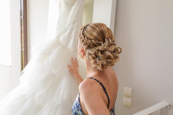 bridal preps pictures